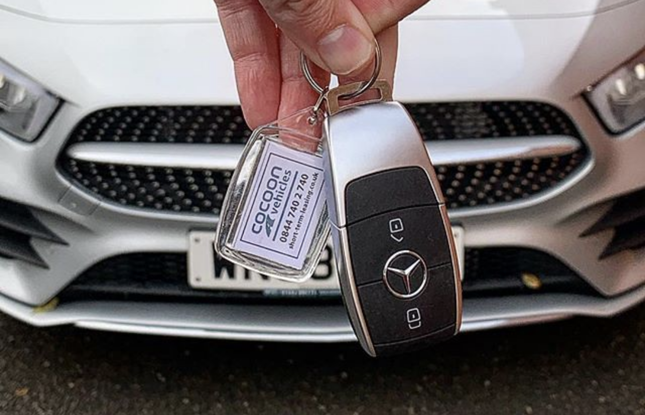 Keys to a new short term car lease